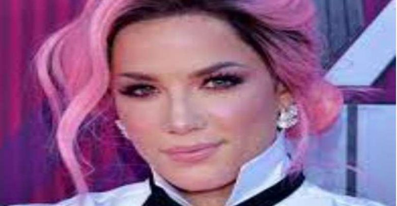 Halsey Biography, Net Worth, Measurements, Birthday, Height, weight, Age, Family Facts & Life Story